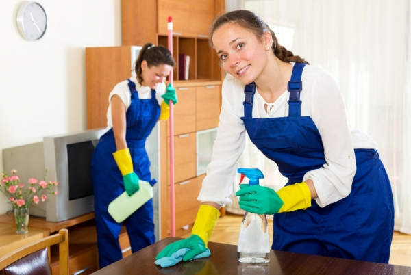 workers of M & I MAid Service
